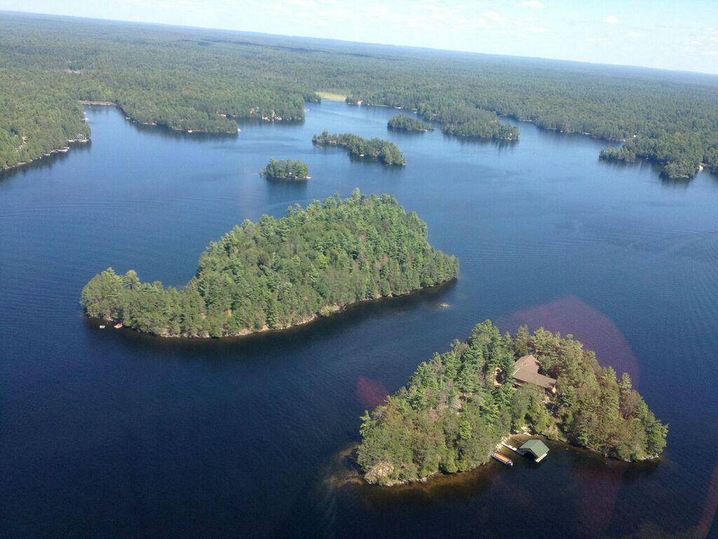 Jack's Lake Island Paradise