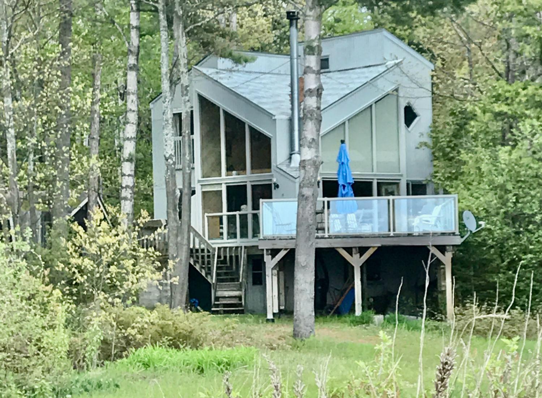 Tiny Beaches Family Cottage/Chalet – Georgian Bay Waterfront