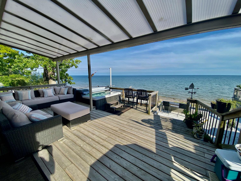 Lake House on Erie